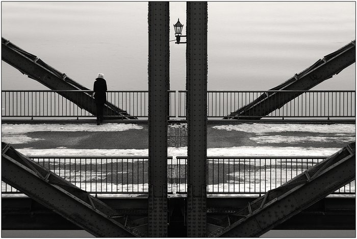 Black-and-White-Serenity-Symmetry-by-Kai-Ziehl-001