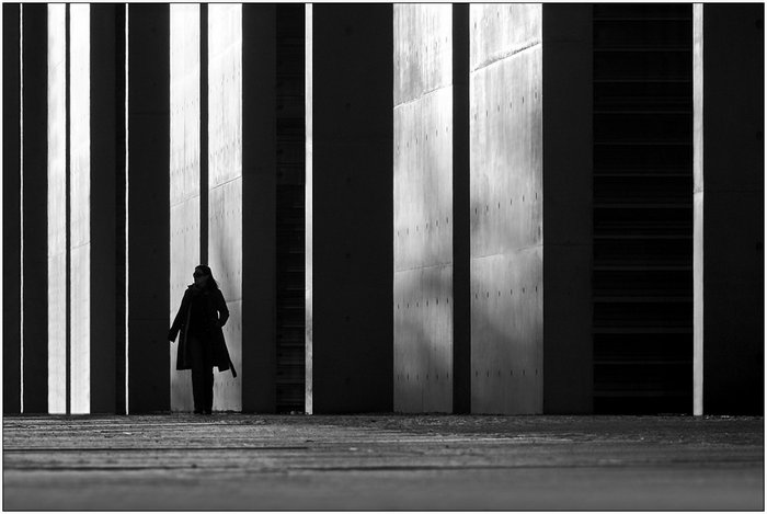 Black-and-White-Serenity-Symmetry-by-Kai-Ziehl-013