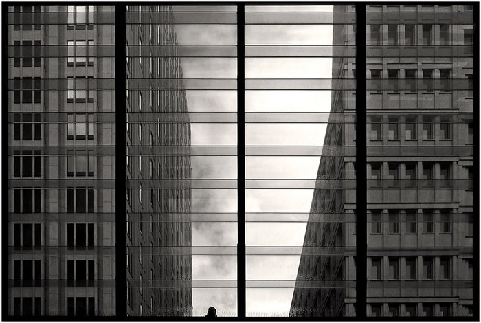 Black-and-White-Serenity-Symmetry-by-Kai-Ziehl-036