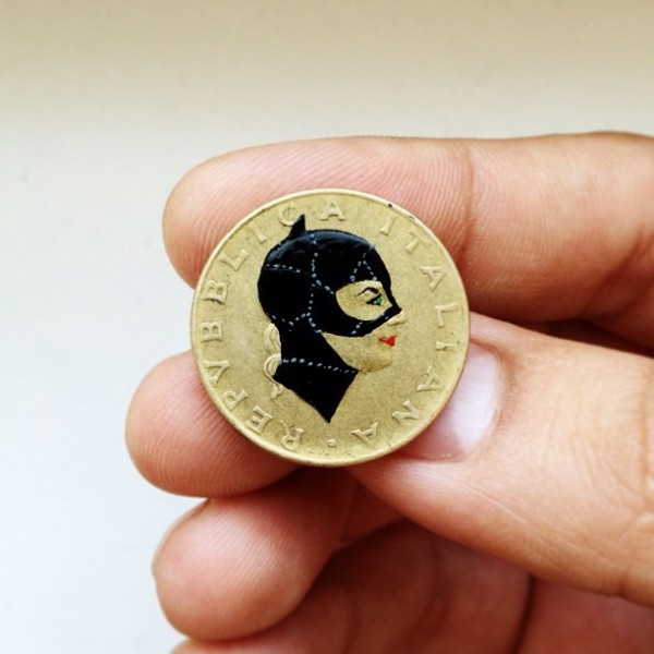 pop-culture-portraits-painted-onto-coins-by-andre-levy-4-600x600