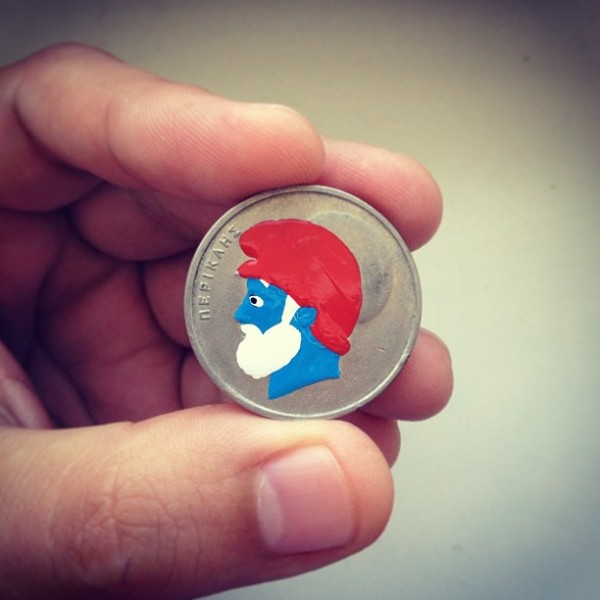 pop-culture-portraits-painted-onto-coins-by-andre-levy-9-600x600
