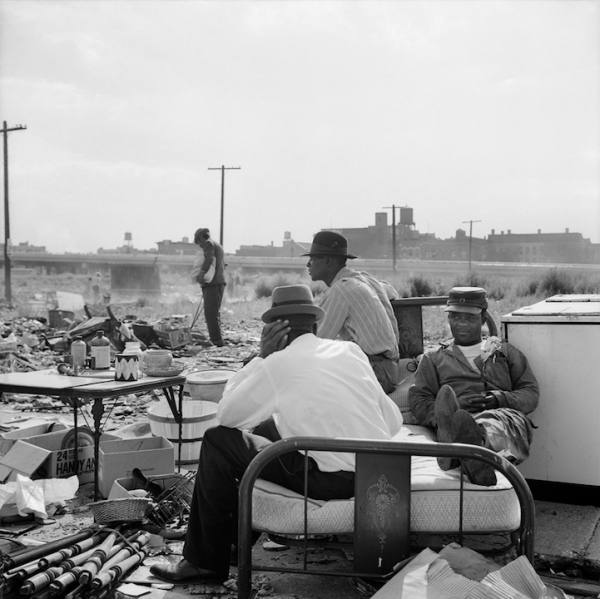 Photography-by-Vivian-Maier-18-600x599