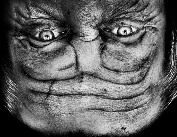 upside-down-portraits-alienation-anelia-loubser-111