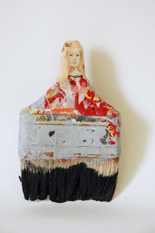 femme-pinceau-01-615x920